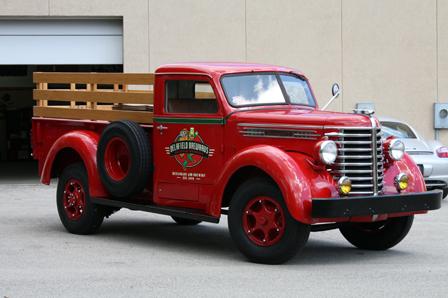 Memory Motors - 1949 Diamond T 201 1-Ton Pick-Up